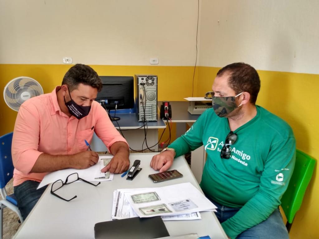 Crédito Rural: em 100 dias e com apoio da Prefeitura, Banco do Nordeste investe mais de R$ 550 mil na agricultura de Poç