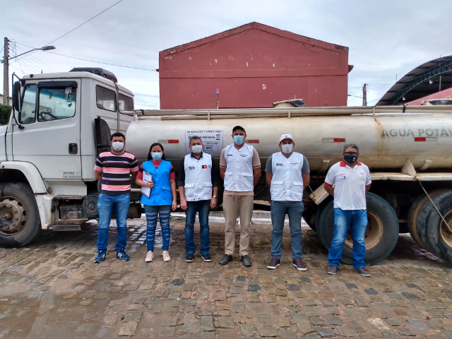 Vigilância Sanitária de Poço Dantas realiza inspeção de carros da Operação Pipa
