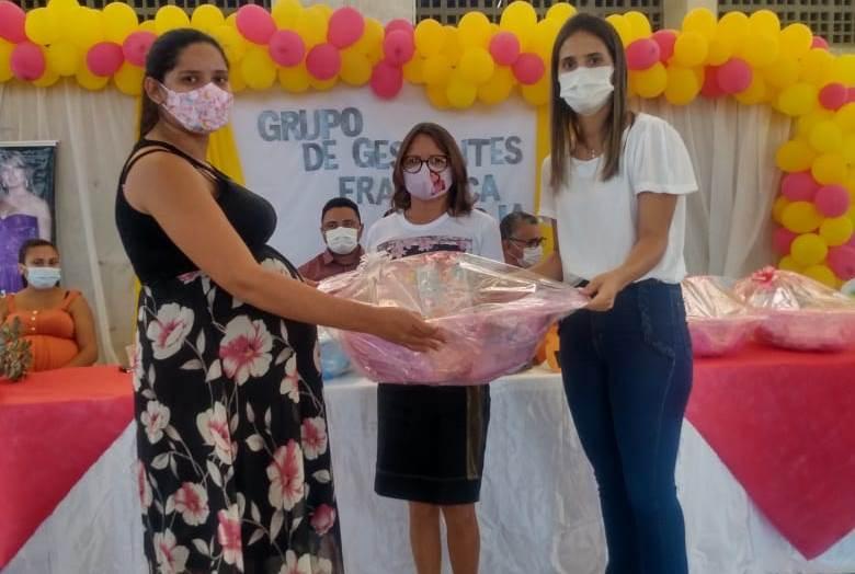 Com entrega de kits enxoval Prefeitura de Poço Dantas dá início ao grupo de Gestantes