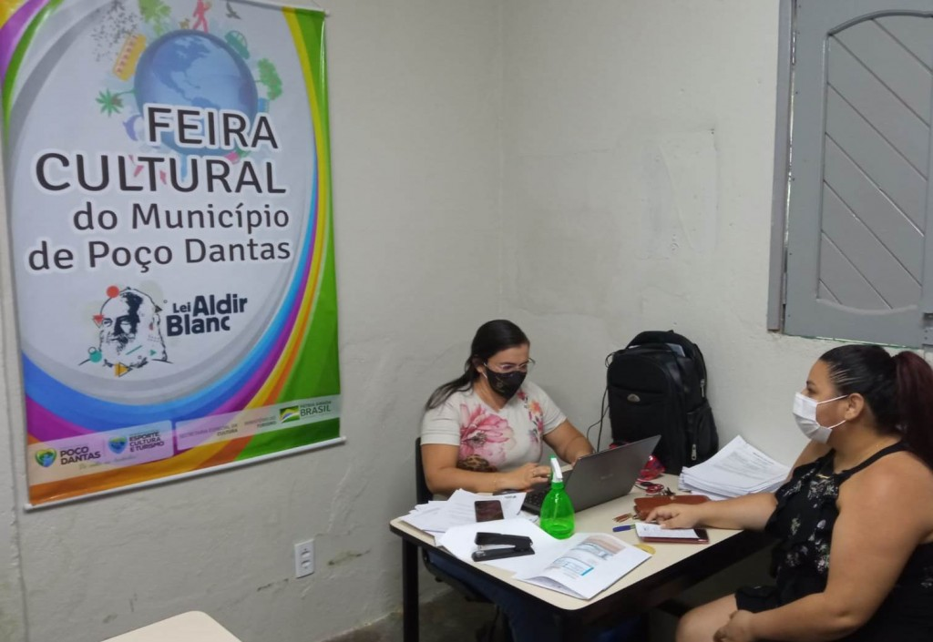 Secretaria de Esporte, Cultura e Turismo auxilia artistas na elaboração do projeto para Lei Aldir Blanc