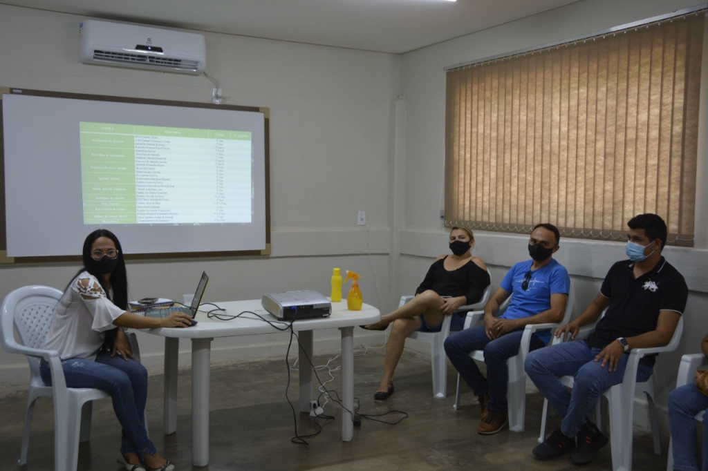 Secretaria municipal de Educação de Poço Dantas se prepara para aplicação de prova de avaliação do Programa Integra PB